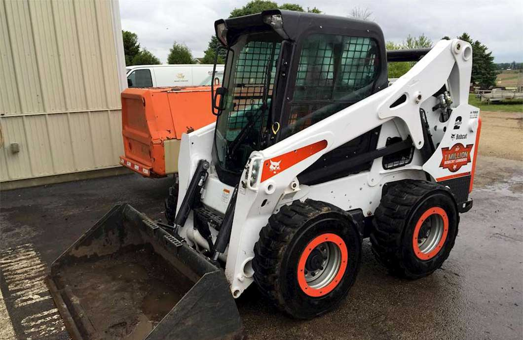 Skid Steer Buying Guide Buy Or Rent The Right Skid Steer