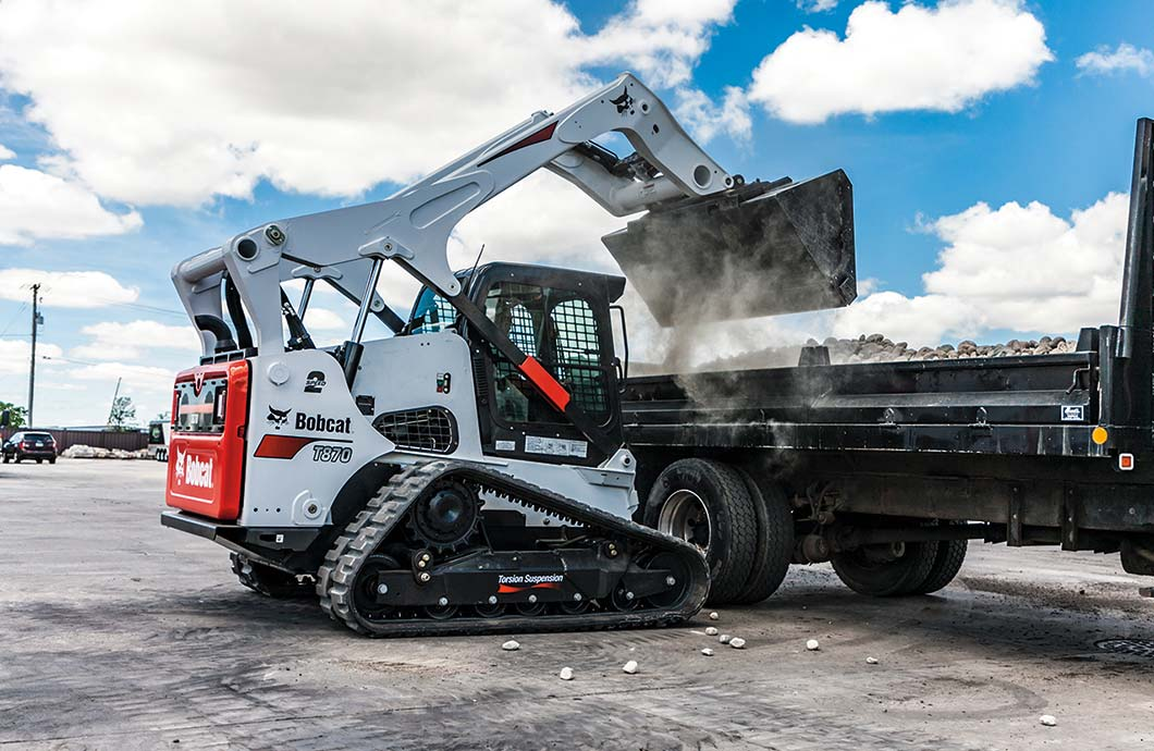Bobcat T870 Compact Track Loader with Torsion Suspension Undercarriage
