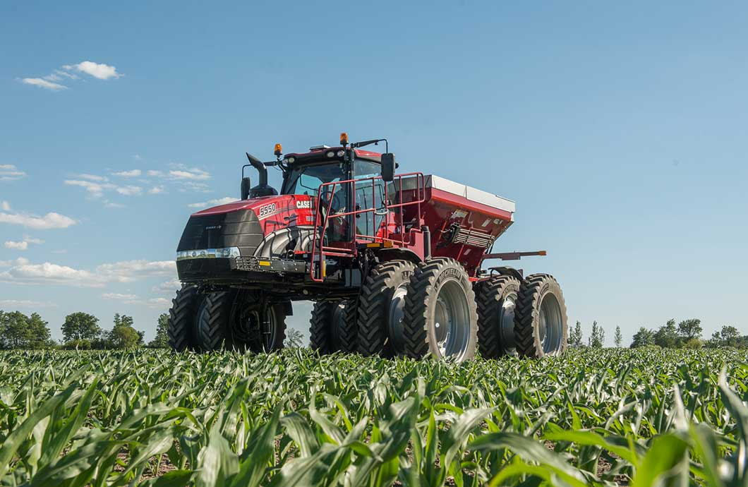 Case IH Trident 5550 Combination Applicator Dry View
