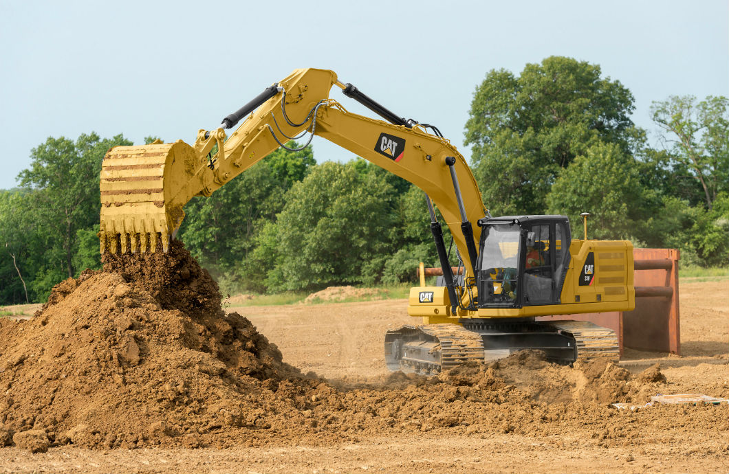 Cat 330 Excavator in action