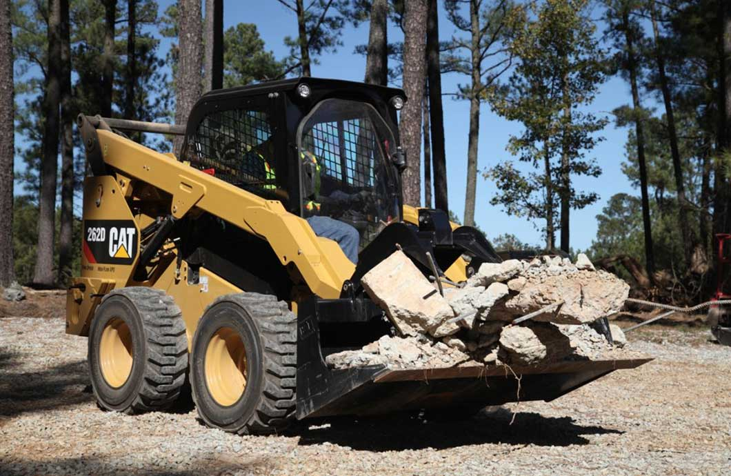 How to Operate a Skid Steer in 10 Steps | My Little Salesman
