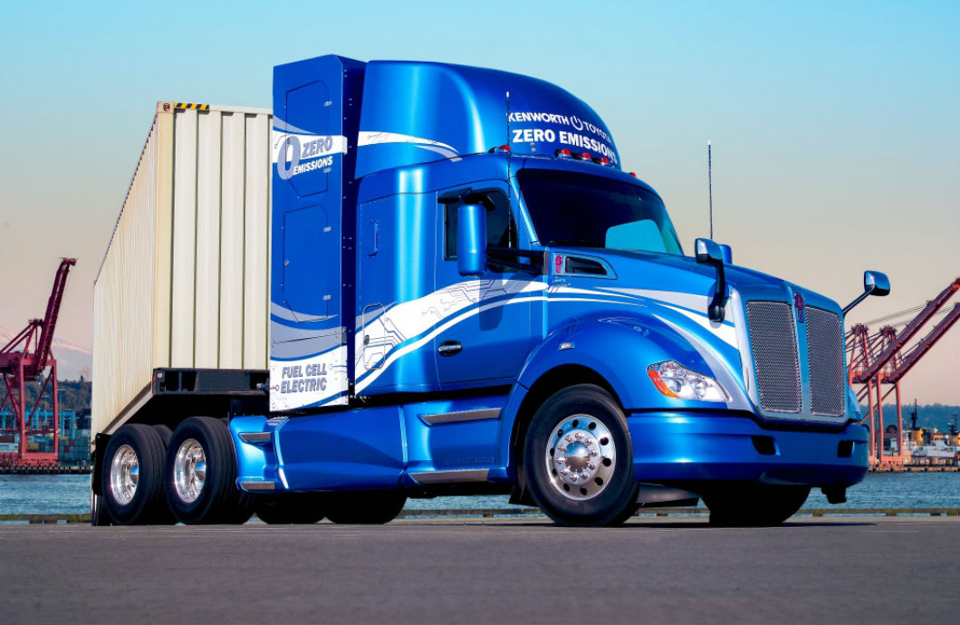 Kenworth T680s powered by Toyota hydrogen fuel cell electric powertrains