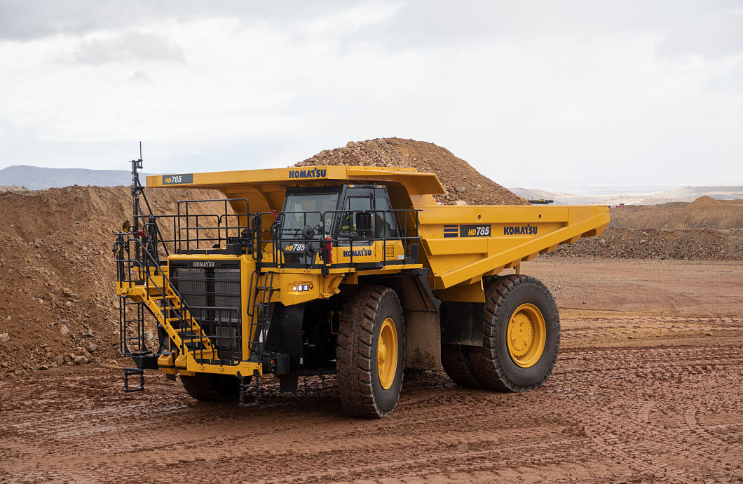 Komatsu America HD785-8 Off-Highway Truck with High Horsepower