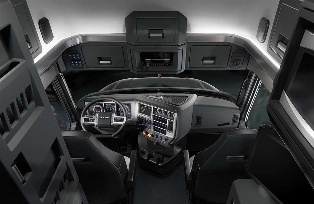 Mack Anthem 2017 Interior Driving