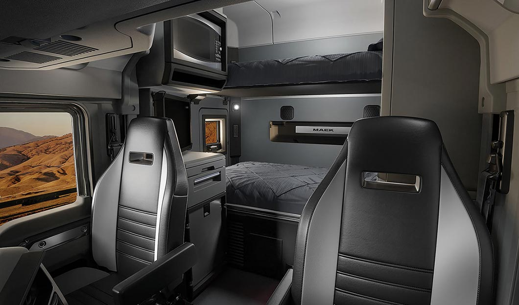 Mack Anthem 2017 Interior Sleeper